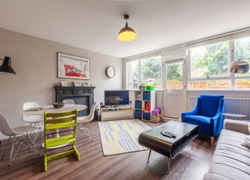 Thumbnail 3 bed flat for sale in Crondall Court, Hoxton