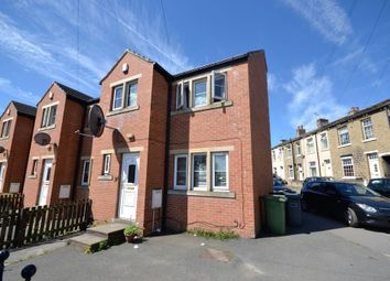 Thumbnail 3 bed town house to rent in Carr Green Lane, Huddersfield