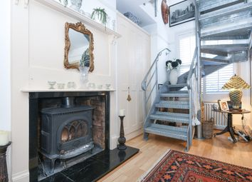 Thumbnail 3 bed town house to rent in Cornfield Road, Reigate