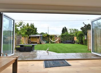 Windsor Crescent, East Hagbourne, Didcot OX11. 4 bed semi-detached bungalow