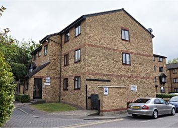 Thumbnail 1 bedroom flat for sale in 1 Stocksfield Road, London