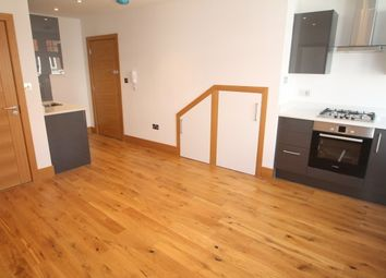 Thumbnail 2 bed flat to rent in Selsdon Road, South Croydon