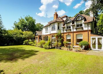 Thumbnail 2 bed flat to rent in The Frith, Brockenhurst Road