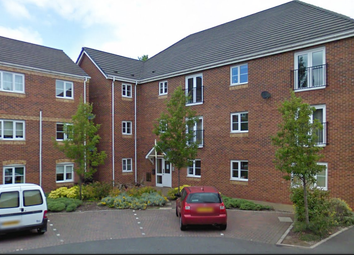 Thumbnail 2 bed flat to rent in The Avenue, Darlaston