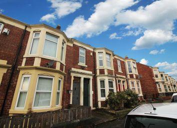 Thumbnail 3 bed flat to rent in Westbourne Avenue, Bensham, Gateshead