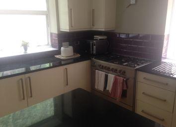 Thumbnail 1 bedroom flat to rent in Warren Road, Torquay