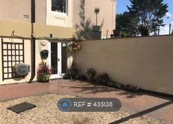 2 bed flat to rent in Westcliffe Road, Birkdale, Southport PR8