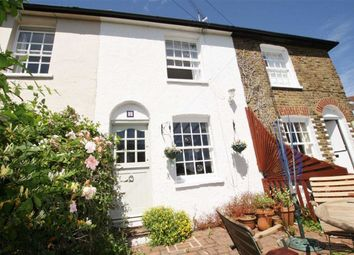 Thumbnail 2 bed property to rent in Ray Cottages Uttons Avenue, Leigh On Sea, Essex