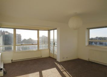 Thumbnail 2 bed flat to rent in Princes Avenue, Hove