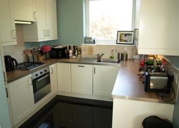 Thumbnail 3 bed flat to rent in Noblefield Heights, Great North Road, East Finchley