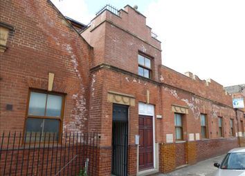 Thumbnail 2 bed flat for sale in Franklin Street, Hull