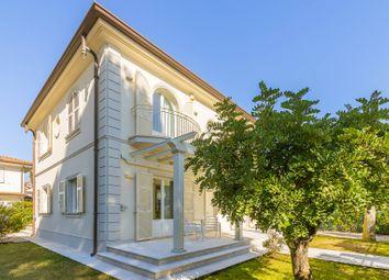 Thumbnail 3 bed villa for sale in Pietrasanta, Lucca, Toscana