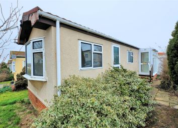 Thumbnail 1 bed mobile/park home for sale in Applegarth Park, Seasalter Lane, Whitstable