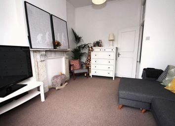 Thumbnail 1 bedroom flat to rent in Grange Park Road, London