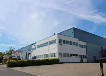 Thumbnail Warehouse to let in Summit Road, Potters Bar