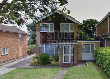 Thumbnail Room to rent in Alma Way, Farnham, Surrey