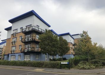 Thumbnail 2 bed flat to rent in Luscinia View, Reading
