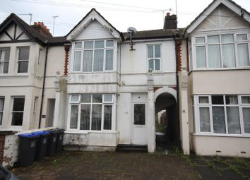 Thumbnail 2 bed flat to rent in Southfield Road, Broadwater, Worthing