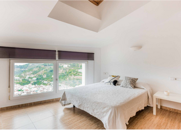Thumbnail 3 bed apartment for sale in Ojen, Costa Del Sol, Andalusia, Spain