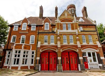 Thumbnail 1 bed flat to rent in Sunbury Street, Woolwich
