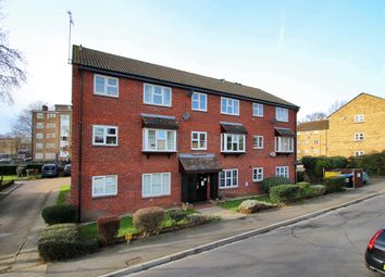 2 bed flat for sale in Parish Gate Drive, Sidcup, Kent DA15