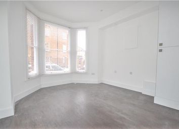 Thumbnail 5 bedroom flat to rent in Rita Rd, Vauxhall