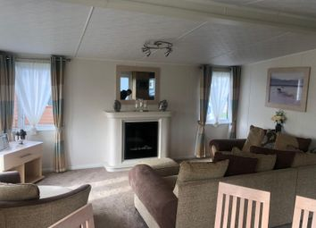3 bed mobile/park home for sale in Flag Hill, Great Bentley, Colchester CO7