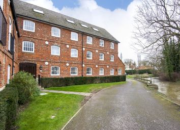 Thumbnail 1 bed flat to rent in St. Helens Wharf, Abingdon