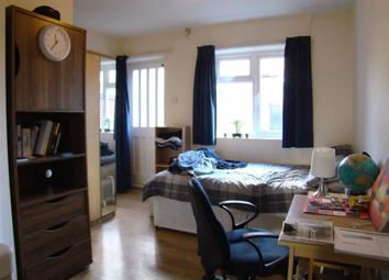 Thumbnail 1 bedroom flat to rent in Derby Road, Lenton, Nottingham