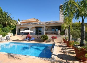 Thumbnail 4 bed villa for sale in Portugal, Algarve, Estoi