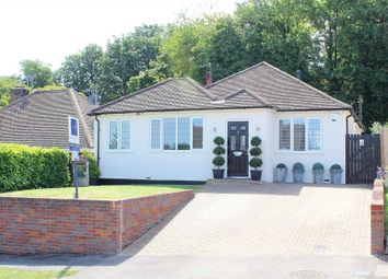 Thumbnail 4 bed bungalow for sale in Barnes Rise, Kings Langley