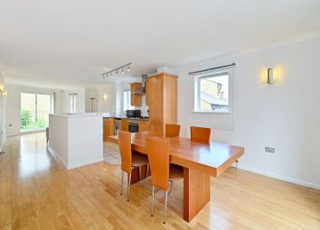 Thumbnail 2 bed flat for sale in Gunmakers Lane, London