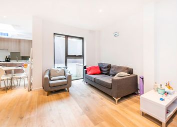 2 bed maisonette to rent in Pentonville Road, Angel N1