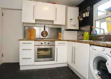 Thumbnail 2 bed flat to rent in Underhill Road, East Dulwich, London