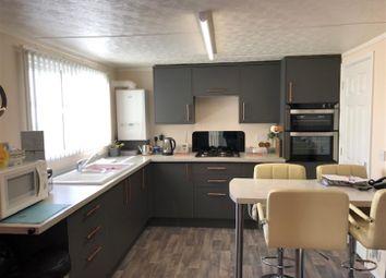 2 bed mobile/park home for sale in Allington Gardens, Allington, Grantham NG32
