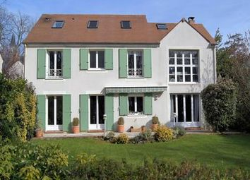 Thumbnail 5 bed property for sale in Cergy, Val D'oise, France