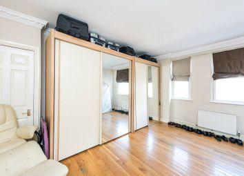 Carteret Street, St James's Park, London SW1H. 3 bed flat for sale