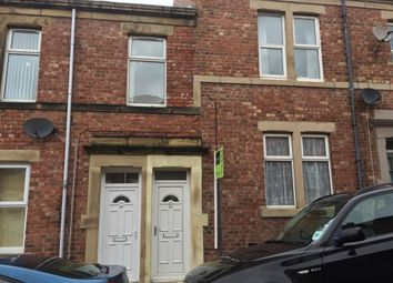 Thumbnail 3 bed flat to rent in Rosebery Avenue, Gateshead, Tyne & Wear