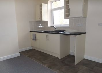 Thumbnail 1 bed flat to rent in Victoria Avenue, Rugby
