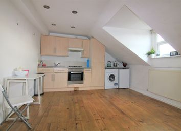 1 bed flat to rent in Holloway Road, Archway N19