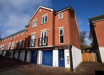 Thumbnail 3 bedroom town house to rent in Norwich Crescent, Chadwell Heath