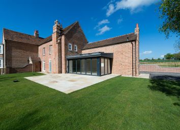 Thumbnail 5 bed property for sale in Henley Road, Outhill, Warwickshire