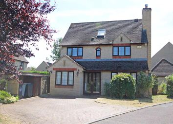 Thumbnail 4 bed detached house for sale in Tetbury Drive, Witney