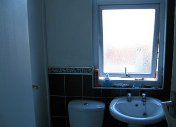 Thumbnail 2 bedroom shared accommodation to rent in Brockley Ave, Fallowfield