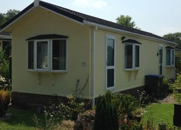 Thumbnail 1 bed bungalow to rent in Emms Lane, Brooks Green, Horsham