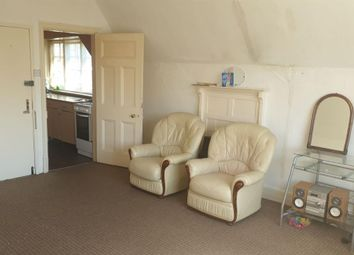 Thumbnail 2 bedroom flat to rent in Stoneygate Avenue, Leicester