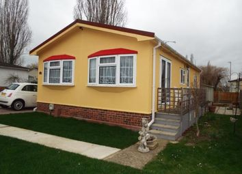 Thumbnail 2 bed mobile/park home for sale in Pooles Lane, Hullbridge, Essex
