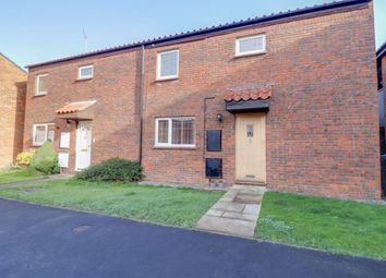 Thumbnail 3 bed property to rent in Barn Mead, Harlow