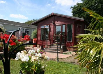 Thumbnail 2 bed mobile/park home for sale in Battlesbridge, Essex