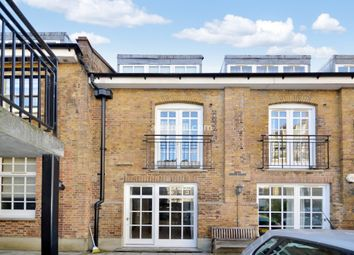 Thumbnail Flat for sale in Dunbridge Street, London